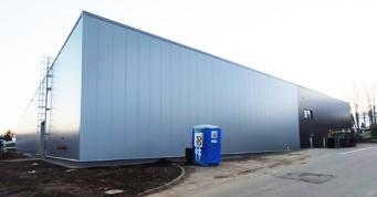 hala po montażu obudowy - magazyn logistyczny z częścią socjalno-biurową, Scania Production Słupsk Sa, Słupsk, woj. pomorskie