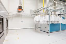 hala pralni - hala stalowa, zrealizowana przez CoBouw Polska, dla Bardusch Polska, w Bochni, woj. małopolskie