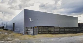 hala-stalowa-z-obudową - zakład produkcji mebli, budowa pod klucz, dla firmy Mebloamster, w woj. mazowieckim, w Węgrowie