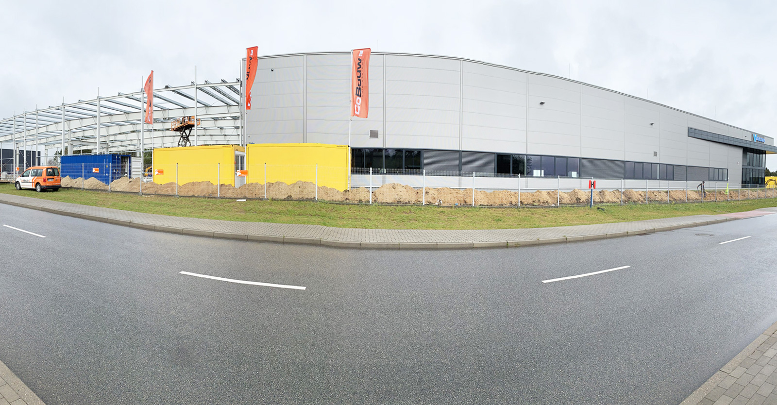 rozbudowa hali produkcyjno-magazynowej - inwestycja dla firmy Viscon, rozbudowa istniejącej hali, w Płaszewku, Słupska SSE, woj. pomorskie