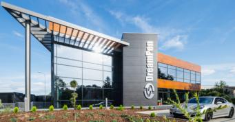 hala z budynkiem biurowym - hala produkcyjno-magazynowa z biurowcem, dla DreamPen, w Zielonej Górze