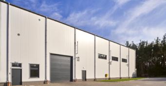 brama przemysłowa w hali produkcyjno-magazynowej - hala produkcyjno-magazynowa, dla CSA, woj. pomorskie