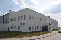 ściana frontowa - hala produkcyjna z budynkiem biurowym, dla Algontec, Kostrzyn nad Odrą, woj. lubuskie