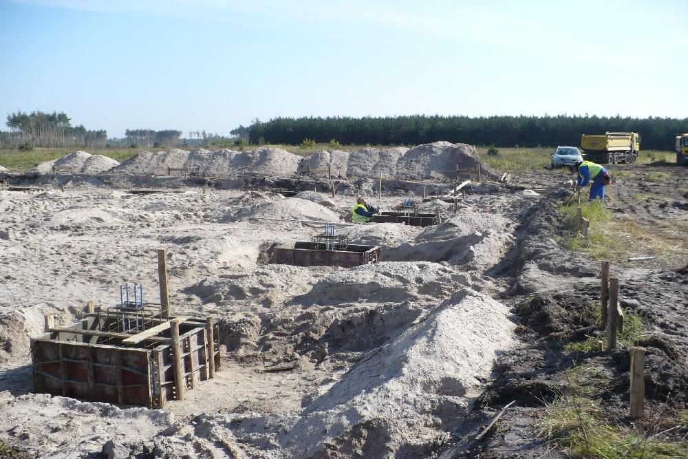 kominek stopy fundamentowej - hala produkcyjna z częścią socjalną, dla Vivena-Natura, Prochowice, woj. dolnośląskie