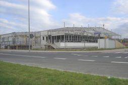 widok hali stalowej - hala produkcyjna z budynkiem biurowym, dla Klippan Safety, Stargard Szczeciński, woj. zachodniopomorskie