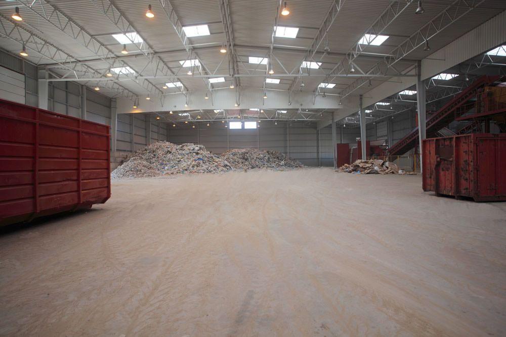 wnętrze hali - zakład utylizacji odpadów, dla Wexpool, Dąbrówka Wielkopolska, woj. lubuskie