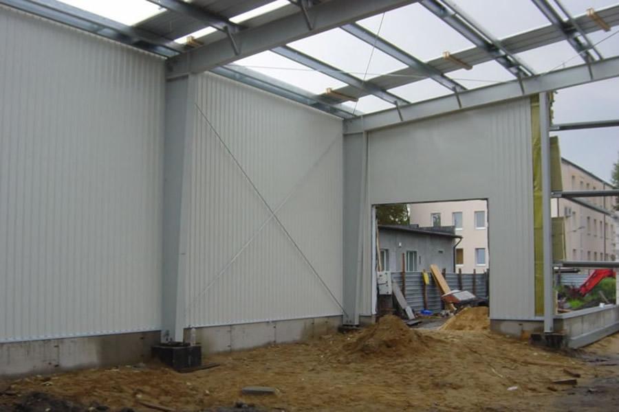 wnętrze w trakcie budowy - hala produkcyjno-magazynowa, dla Lightex, Łódź, woj. łódzkie