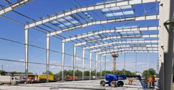 montaż - projekt i budowa hali, dla firmy Fagum-Stomil, przez firmę CoBouw Polska, w Łukowie, woj. lubelskie