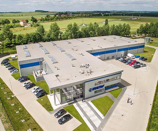 Widok hali stalowej wybudowanej dla firmy Hurtap SA