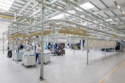 strefa sortowania - hala produkcyjno-magazynowa wraz z budynkiem socjalno-biurowym, pralnia przemysłowa, dla Bardusch Polska, w Bochni, woj. małopolskie