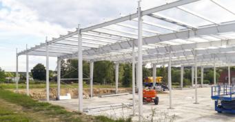szkielet hali stalowej - stalowa hala produkcyjno-magazynowa, dla Content Sulęcin, projekt i budowa CoBouw Polska