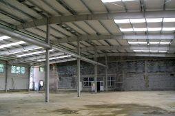 konstrukcja stalowa hali - hala produkcyjna z budynkiem biurowym, dla OML Morando, Czerwionka-Leszczyny