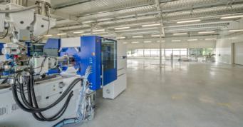 urządzenie produkcyjne w hali - zakład produkcyjno-magazynowy z budynkiem biurowym, dla firmy DreamPen, Zielona Góra