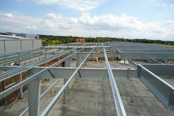 konstrukcja stalowa widziana od góry - hala produkcyjna z budynkiem biurowym, dla Vertex, Konst. Łódzki