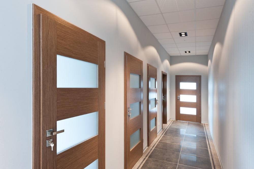 korytarz - hala produkcyjna z budynkiem biurowym, dla Vertex, Konst. Łódzki, woj. łódzkie