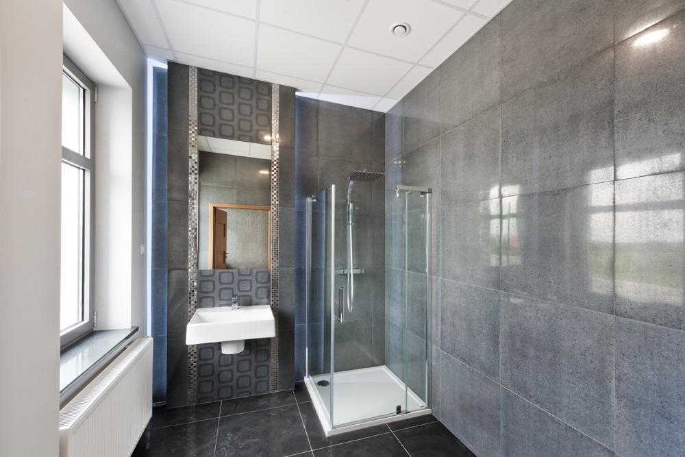pomieszczenie sanitarne - hala produkcyjna z budynkiem biurowym, dla Vertex, Konst. Łódzki, woj. łódzkie