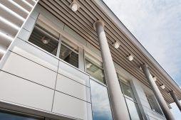 podświetlenie elewacji 1 - hala produkcyjna z budynkiem biurowym, dla Vertex, Konst. Łódzki, woj. łódzkie