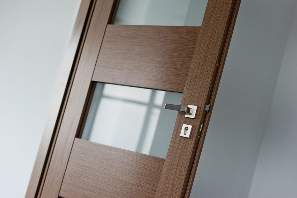 drzwi - hala produkcyjna z budynkiem biurowym, dla Vertex, Konst. Łódzki, woj. łódzkie