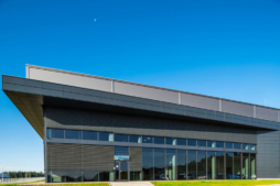 widok na część biurową - zakład produkcyjno-magazynowy z częścią socjalno-biurową, dla Viscon Real Estate Poland, branża maszynowa dla rolnictwa i przemysłu spożywczego, woj. pomorskie