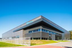 widok na halę produkcyjno-magazynową z częścią socjalno-biurową - inwestcja dla Viscon Real Estate Poland, Płaszewko, woj. pomorskie