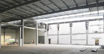 widok na ścianę oddzielenia pożarowego - budowa pod klucz, dla GG Tech, branża mechaniczna, Piątek, woj. łódzkie