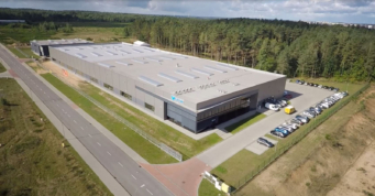 widok z lotu ptaka na ukończoną halę - budowa hali, o powierzchni 3.500 m2, dla Viscon group Poland, branża maszynowa, Płaszewko, Słupska SSE, woj. pomorskie